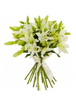 15 белых лилий