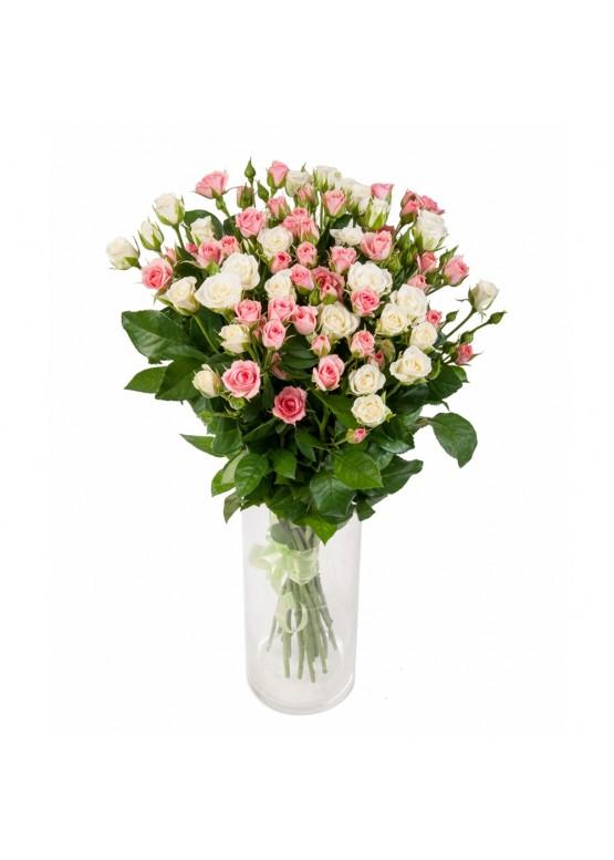 19 нежных кустовых роз