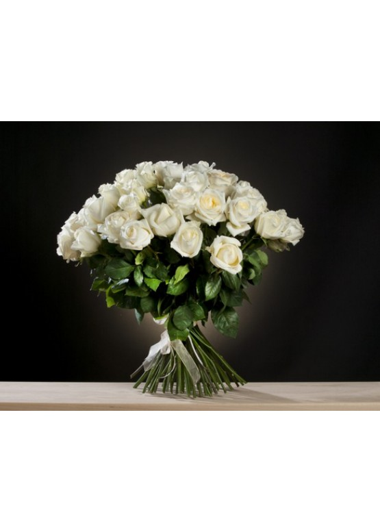 купить 29 белых роз