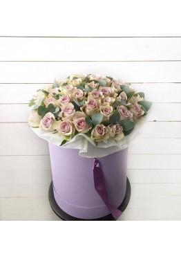 51 сиреневая роза в шляпной коробке