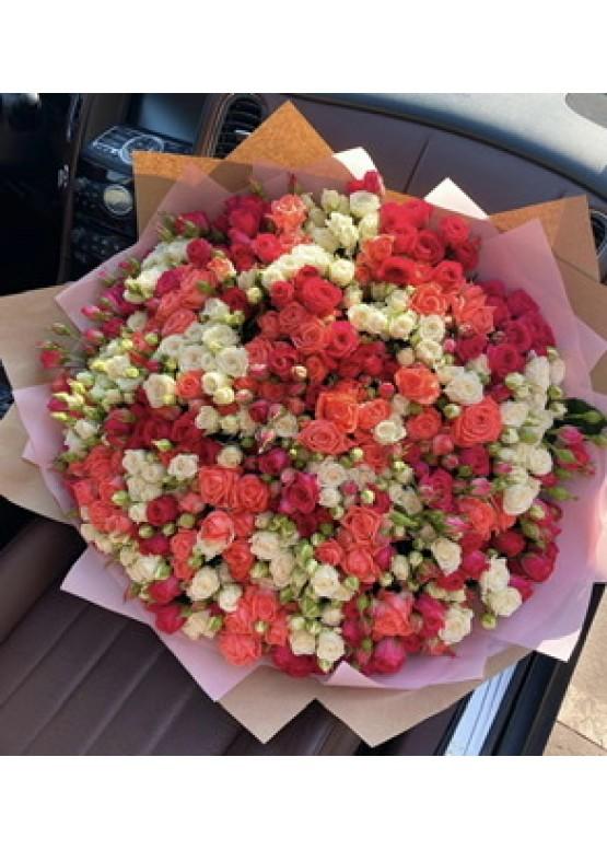 Купить 101 кустовую розу в Москве