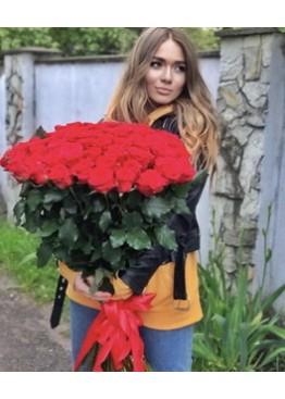51 красная роза высотой 80 см.